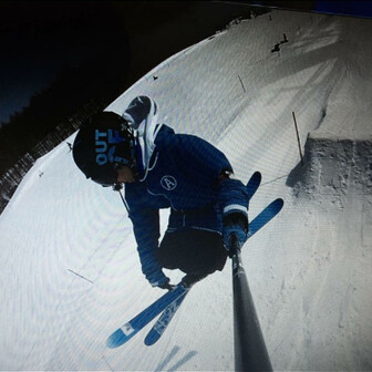 蒼いFree!skier