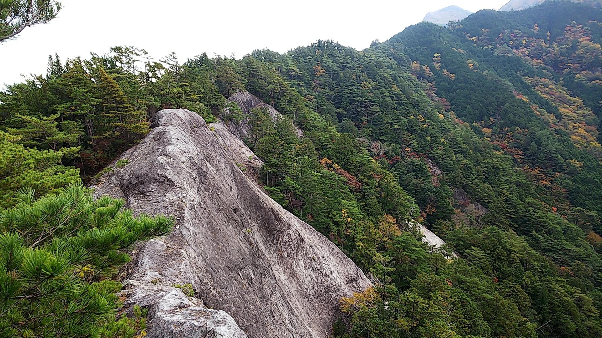 北西尾根ルート~明神山~乳岩ルート