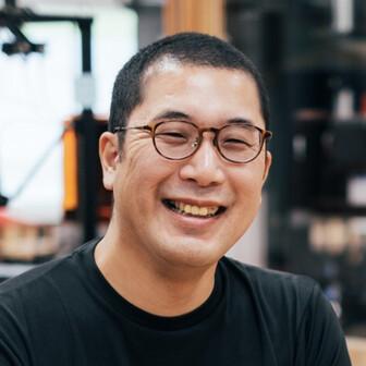 Tsutomu Asari